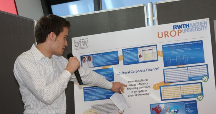 UROP participant presents his research results