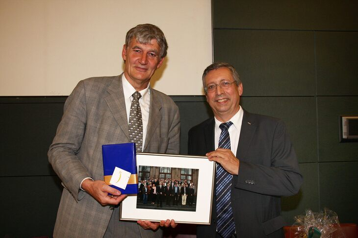 Rector Schmachtenberg says goodbye to Thomas, Senate chair